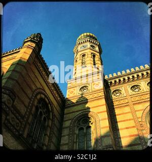 One of the towers of the Dohány Street Synagogue, Budapest, Hungary. Also known as the Great or Tabakgasse Synagogue. - Stock Photo