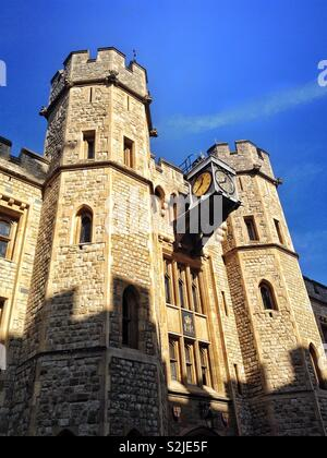 Detail of the entrance to the Jewel House, where the Crown Jewels are stored, in the Tower of London, England, UK. - Stock Photo