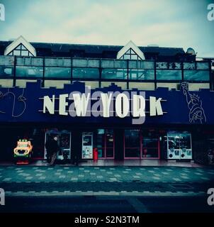 New York amusement arcade in Southend-on-Sea in the winter. - Stock Photo