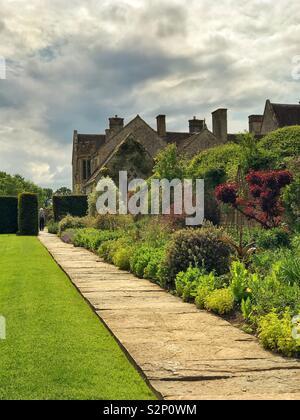 English garden - Lytes Cary Manor, Somerset - Stock Photo