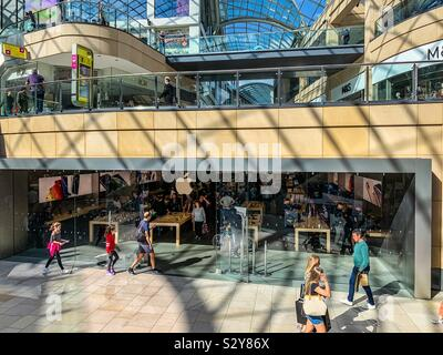 Apple store in Trinity Leeds shopping centre - Stock Photo