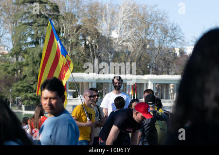 16th March, 2019. Madrid, Spain. Catalan separatist protesters in the Retiro Park, Madrid before a planned protest march through the Spanish Capital - Stock Photo