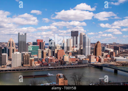 A view of downtown from the Grandview Overlook in Mt Washington on a bright winter day in Pittsburgh, Pennsylvania, USA - Stock Photo