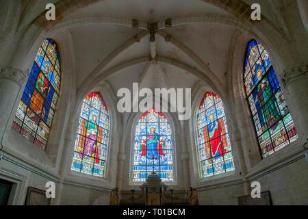 Frankreich,  Champagne-Ardenne, Haute-Marne, Montier-en-Der, Droyes, Kirche Notre Dame, Kirchenfenster in der Apsis - Stock Photo