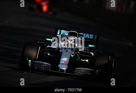 Melbourne, Australia. 17th Mar, 2019. Mercedes driver Lewis Hamilton of Britain competes during the Formula 1 Australian Grand Prix 2019 at the Albert Park in Melbourne, Australia, March 17, 2019. Credit: Bai Xuefei/Xinhua/Alamy Live News - Stock Photo