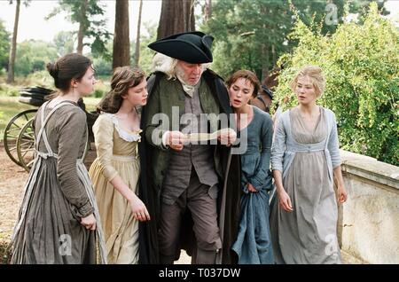 TALULAH RILEY, CAREY MULLIGAN, DONALD SUTHERLAND, KEIRA KNIGHTLEY, ROSAMUND PIKE, PRIDE and PREJUDICE, 2005 - Stock Photo