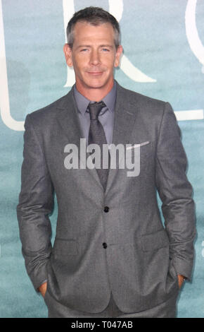 Dec 13, 2016 - London, England, UK - 'Rogue One: A Star Wars Story' - Launch Event, Tate Modern - Red Carpet Arrivals Photo Shows: Ben Mendelsohn - Stock Photo