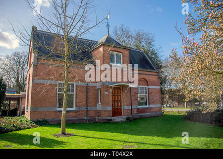 Old Building At The Nieuwe Ooster Cemetery Amsterdam The Netherlands 2019 - Stock Photo