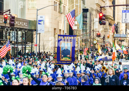 New York City, USA. 16th Mar, 2019. St. Patrick's day is celebrated with a parade along 5th Avenue. Credit: jbdodane/Alamy Live News