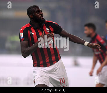 Milan, Italy. 17th Mar, 2019. AC Milan's Tiemoue Bakayoko celebrates his goal during a Serie A soccer match between AC Milan and Inter Milan in Milan, Italy, March 17, 2019. Credit: Alberto Lingria/Xinhua/Alamy Live News - Stock Photo