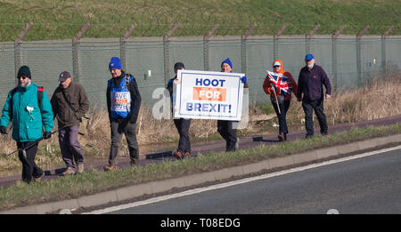 Hartlepool, UK. 17th March 2019. Brexit supporters on the second leg of the March to Leave walk from Hartlepool to Middlesbrough. - Stock Photo