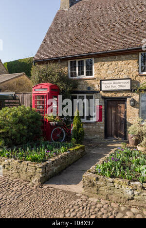 The Old Post Office, now a private residence, in the pretty village of Weston Underwood, Buckinghamshire, UK - Stock Photo