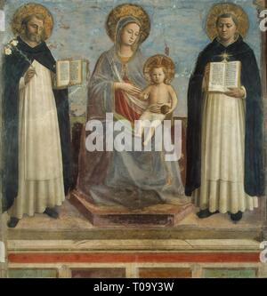 'The Virgin and Child with Sts Dominic and Thomas Aquinas'. Italy, 1430. Dimensions: 196x187 cm. Museum: State Hermitage, St. Petersburg. Author: fra Beato Angelico (fra Giovanni da Fiesole; Guido di Pietro). FRA ANGELICO. - Stock Photo