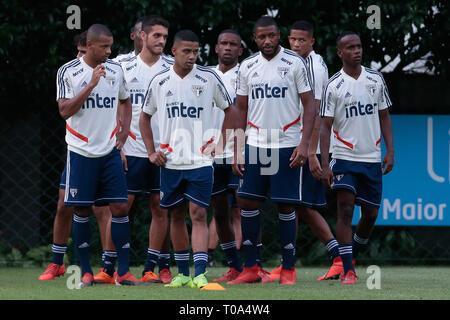 SP - Sao Paulo - 03/18/2019 - Training of Sao Paulo - Players during training of Sao Paulo at CT Barra Funda. Photo: Marcello Zambrana / AGIF - Stock Photo