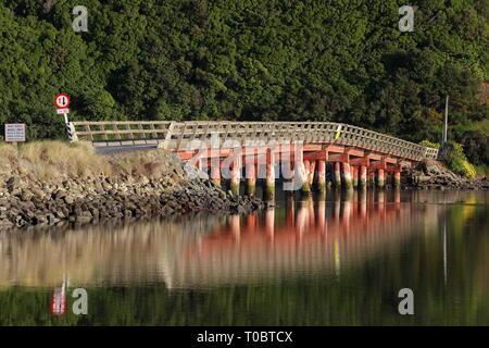 Hinahina Bridge, near Owaka, Catlins, New Zealand - Stock Photo