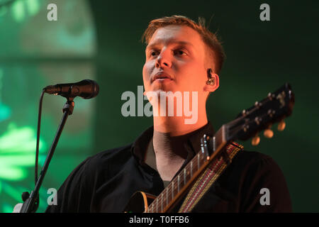 London, UK. 19th Mar, 2019. George Ezra performing live on stage at The O2 Arena in London. Photo date: Tuesday, March 19, 2019. Credit: Roger Garfield/Alamy Live News - Stock Photo