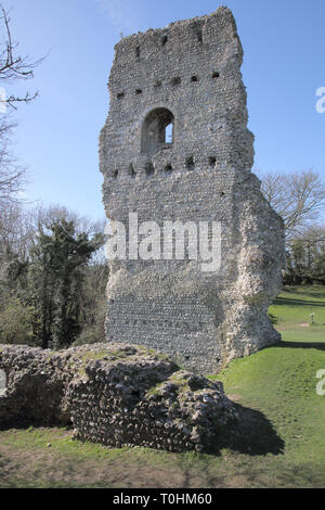 ruins of the old castle in the small sussex village of bramber west sussex - Stock Photo
