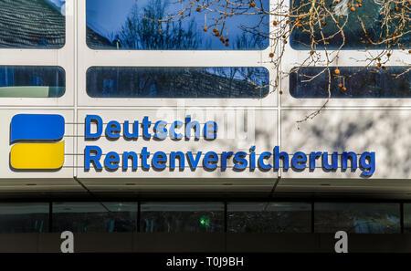 High rise, German pension scheme, dam Hohenzollern, village Wilmers, Berlin, Germany, Hochhaus, Deutsche Rentenversicherung, Hohenzollerndamm, Wilmers - Stock Photo