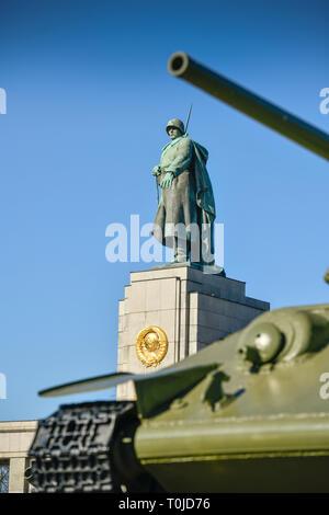 Soviet monument, street of the 17th of June, zoo, Berlin, Germany, Sowjetisches Ehrenmal, Straße des 17. Juni, Tiergarten, Deutschland