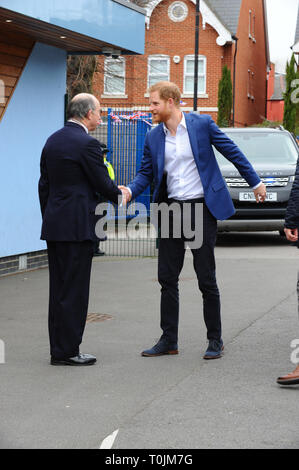 London, UK. 20th Mar, 2019. Prince Harry seen arriving at St Vincent's RC School to join schoolchildren as they take part in a tree planting project in support of The Queen's Commonwealth Canopy (QCC) initiative, together with the Woodland Trust. Year 5 pupils from St Vincent's Catholic Primary School in Acton will plant saplings in the school's outdoor nature area. Acton West London. Credit: Terry Scott/SOPA Images/ZUMA Wire/Alamy Live News - Stock Photo