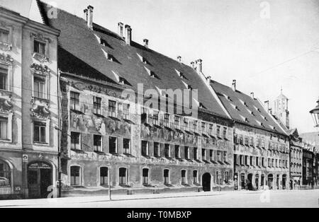geography / travel, Germany, Augsburg, building, Fugger House, exterior view, print after photograph by Fritz Hoefle, circa 1905, Additional-Rights-Clearance-Info-Not-Available - Stock Photo