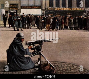Occupation of a part of Hesse as counter-measure for the entry of the Reichswehr into the Ruhr area, 6.4.1920, French sentry, Hauptwache, Frankfurt am Main, Germany, coloured photograph, cigarette card, series 'Die Nachkriegszeit', 1935, Ruhr Uprising, March uprising, Ruhr conflict, soldiers, soldier, military, machine gun, machine guns, machine-gun, people, People's State of Hesse, Germany, German Reich, Weimar Republic, 1920s, 20th century, occupation, occupations, counter-measure, countermeasure, countervailing measure, counter-measures, count, Additional-Rights-Clearance-Info-Not-Available - Stock Photo