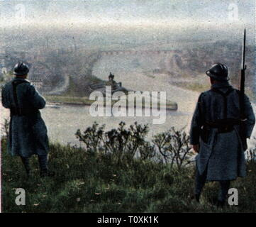 Allied Occupation of the Rhineland 1918 - 1930, French patrol above the Deutsches Eck, Koblenz, June 1925, coloured photograph, cigarette card, series 'Die Nachkriegszeit', 1935, occupations, occupation, occupying power, occupying powers, entente, soldiers, soldier, army, armies, France, Rhineland, Rhine, Moselle, Prussia, Rhine Province, people, Germany, German Reich, Weimar Republic, 1920s, 20th century, patrol, patrols, corner, corners, Koblenz, Coblenz, coloured, colored, post war period, post-war period, post-war years, post-war era, histori, Additional-Rights-Clearance-Info-Not-Available - Stock Photo