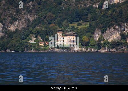 San Siro, mit der bekannten Filmkulisse Villa Gaeta, am Comer See - Stock Photo