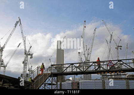 Battersea Power Station cranes construction site in Wandsworth South London SW8 England UK  KATHY DEWITT - Stock Photo