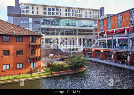 The Mailbox and BBC Birminham on the Birmingham & Worcester canal in the centre of Birmingham city - Stock Photo