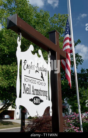 Sign at the boyhood home of Apollo 11 astronaut Neil Armstrong, the first man to step on the moon, at Wapakoneta, Ohio. - Stock Photo