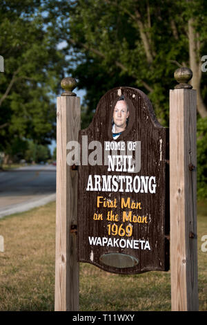 A sign welcomes visitors to Wapakoneta, Ohio, the boyhood home of Apollo 11 astronaut Neil Armstrong, the first man to step on the moon. - Stock Photo