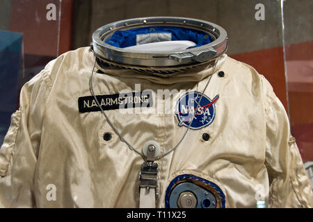 The spacesuit worn on Gemini 8 by astronaut Neil Armstrong, the first man to step on the moon, in the Armstrong Air and Space Museum, Wapakoneta, Ohio - Stock Photo