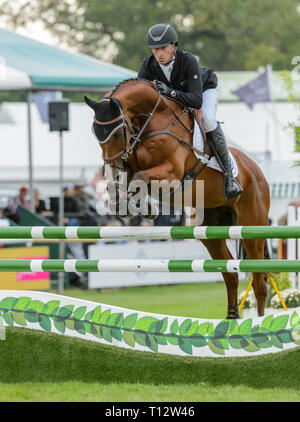 New Zealand rider Tim Price and RINGWOOD SKY BOY during the show jumping phase of the Land Rover Burghley Horse Trials, 3rd September 2017. - Stock Photo