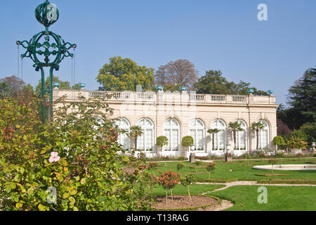 Park Bagatelle (Parc de Bagatelle) in the Bois de Boulogne in Paris - Stock Photo