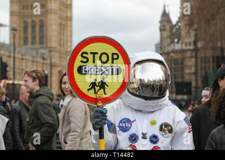 London, UK. 23rd Mar, 2019.People assemble in Park Lane before marching to Parliament Square to demand a peoples vote on the final brexit deal. Penelope Barritt/Alamy Live News - Stock Photo