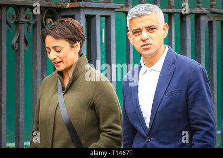 London, UK. 23rd Mar, 2019. London Mayor Sadiq Khan. The 'People's Vote March', also referred to as the 'Put it to the People' march at Parliament Square. The march, attended by hundreds of thousands, makes its way through Central London and ends with speeches by supporters and politicians in Parliament Square, Westminster. Credit: Imageplotter/Alamy Live News - Stock Photo