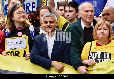 London, UK. 23rd March, 2019. Sadiq Khan, Mayor of London, People's Vote March, Piccadilly, London.UK Credit: michael melia/Alamy Live News - Stock Photo