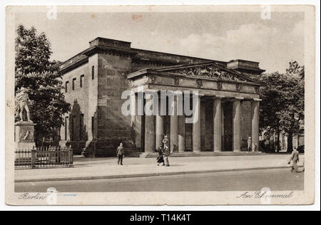 Memorial to the fallen in the First World War known as the Neue Wache (New Guardhouse) in Unter den Linden in Berlin, Germany, depicted in the German vintage postcard dated from the 1940s. Courtesy of the Azoor Postcard Collection. - Stock Photo