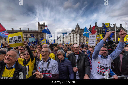 London, UK. 23rd Mar, 2019. Demonstrators protest during the 'Put it to the People' march in central London, UK, on March 23, 2019. Hundreds of thousands of people on Saturday marched through central London calling for another referendum on Brexit as the country is caught by the Brexit impasse again. Credit: Han Yan/Xinhua/Alamy Live News - Stock Photo