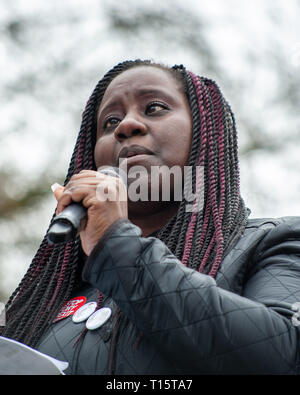 London, UK. 23rd Mar 2019. Passionate speaker addresses the crowd of protestors Credit: Oliver Monk/Alamy Live News - Stock Photo