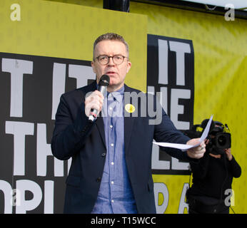 London, UK. 23rd Mar, 2019. Tom Watson MP, Deputy leader of the Labour party speaking at the People's Vote March and rally, 'Put it to the People.' Parliament square London. Credit: Prixpics/Alamy Live News - Stock Photo