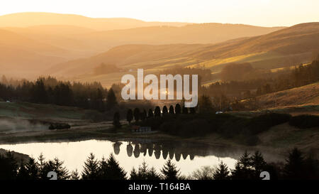 Bwlch Nant Y Arian, Ceredigion, Wales, UK. 24th March 2019  UK Weather: Clear skies with a touch of frost as the sun rises over Bwlch Nant Y Arian near Ponterwyd, on this lovely spring morning. © Ian Jones/Alamy Live News - Stock Photo
