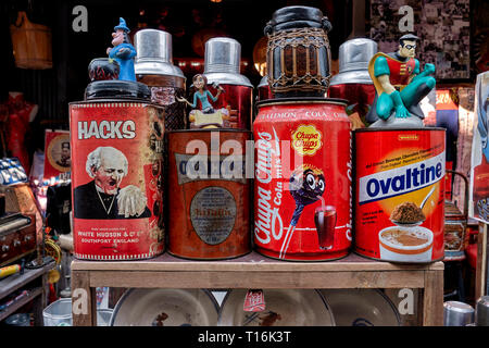 Vintage Chinese objects for sale at a street stall. Chinatown, Huay Yai, Pattaya, Thailand - Stock Photo
