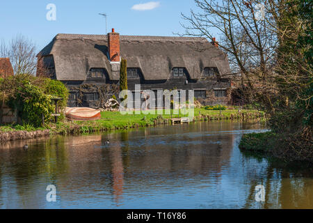 The Granary at Flatford Mill Suffolk England - Stock Photo
