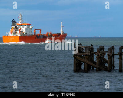 Oil Chemical tanker ELSA ESSBERGER  IMO:9481001, MMSI 255805470 departing from Teesport England UK with a pilot boat alongside - Stock Photo