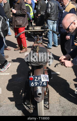 Brighton, UK, 24th March 2019. Hundreds of Veteran Motorcycles take part in the 80th Pioneer Run between Epsom and Brighton. They end at Madeira Drive in Brighton, where around 300 bikes aged between 105 – 123 years old gather. Credit: Roland Ravenhill/Alamy Live News - Stock Photo