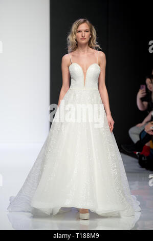 London, UK. 24th Mar 2019. LBFW London Bridal Fashion Week at ExCel London, UK. 24th Mar, 2019. by Credit: Artur Kula/Alamy Live News - Stock Photo