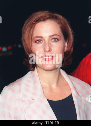 LOS ANGELES, CA - December 10, 1998: 'X-Files' star GILLIAN ANDERSON at world premiere of her new movie 'Playing by Heart' in which she stars with Sean Connery.  © Paul Smith / Featureflash - Stock Photo