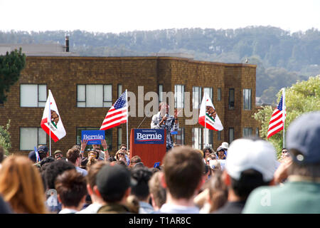 San Francisco, CA - March 24, 2019: Nina Turner, Democrat from Ohio speaking to the crowd at Bernie Sander's presidential rally held in Great Meadow Park at Fort Mason. Credit: Sheila Fitzgerald/Alamy Live News - Stock Photo